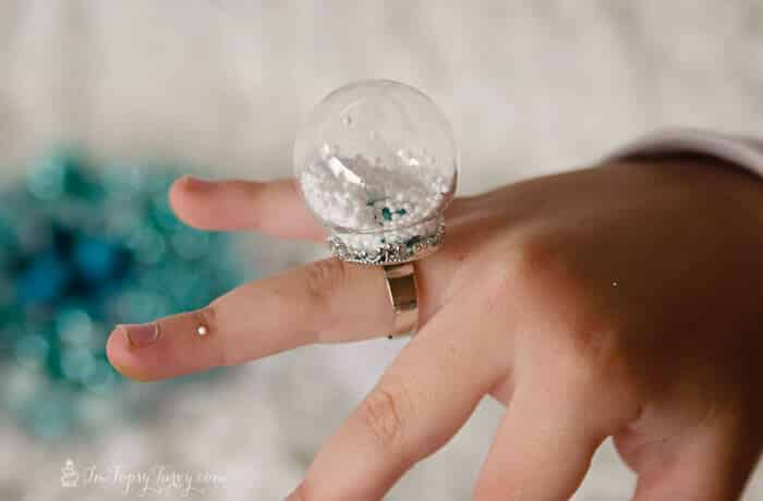 frozen snow globe ring tutorial