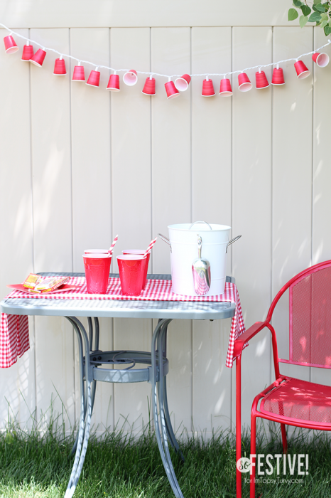 party-cup-garland