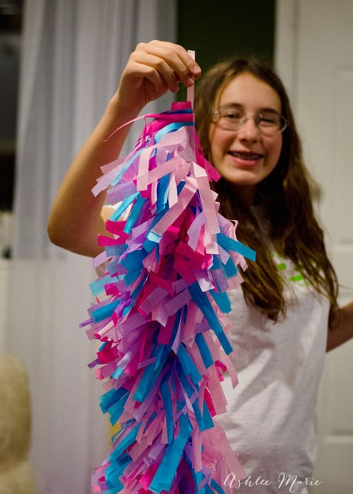 look how full these balloon tassel strips are! And so fast and easy to make!