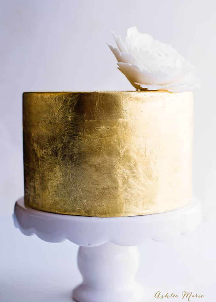 a video tutorial for one of my favorite techniques on cakes it so add gold or silver leafing, it's so easy and always lovely