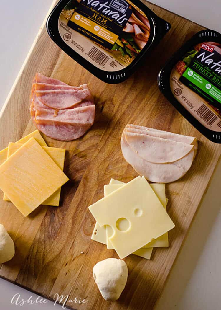 hillshire farm natural lunchmeat is great-tasting and wholesome, the perfect thing for mom's to use when making kids school lunches