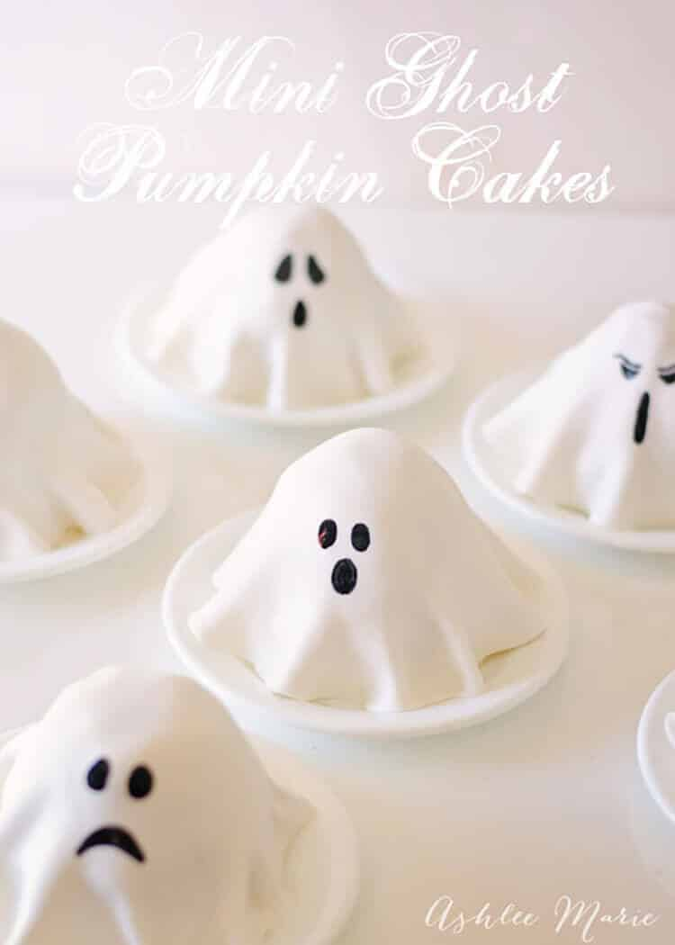 these mini ghost cakes are SO easy to make and was the perfect after school treat to surprise my kids with