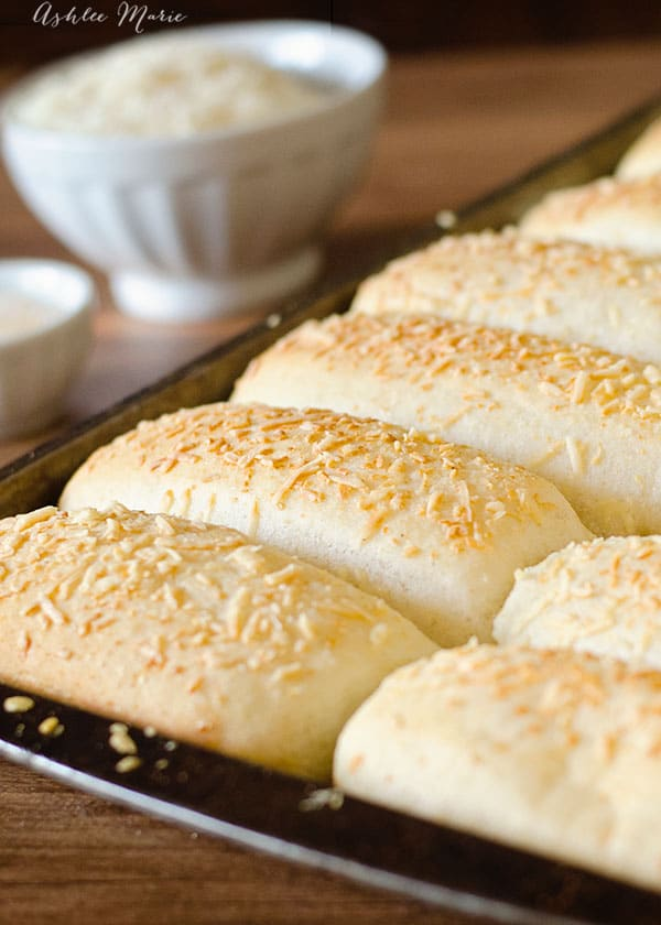 this breadstick recipe is so easy to make we have them once a week