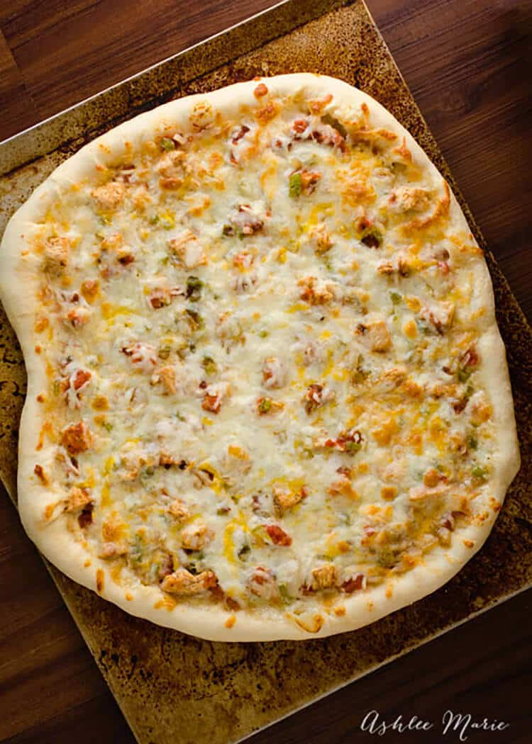 slightly spicy and sweet this chicken fajita pizza is a great change from traditional family pizza night