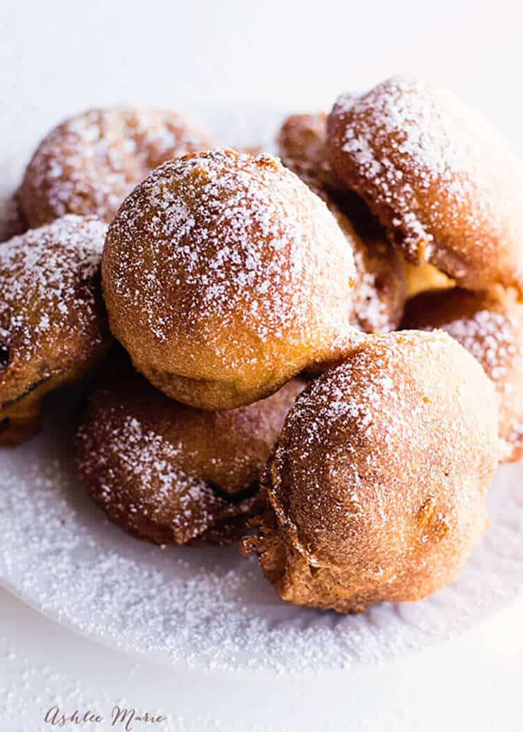 deep fried battered oreos are a delicious sweet treat that everyone loves, personalize with any flavor of oreo