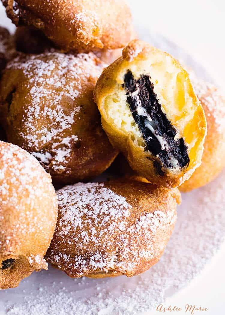 dunk your favorite flavor of oreo into this sweet batter and fry it for an AMAZING treat