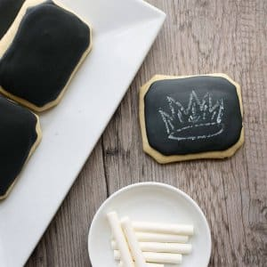 Homemade chalkboard cookies with edible chalk! Who loves to play with their food?
