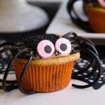 caramel chocolate spider cupcakes - snickers cupcakes