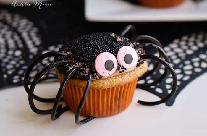 chocolate caramel spider cupcakes