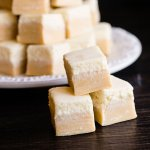 a butterbeer fudge with a butterscotch base with a creamy top, just like the drink itself