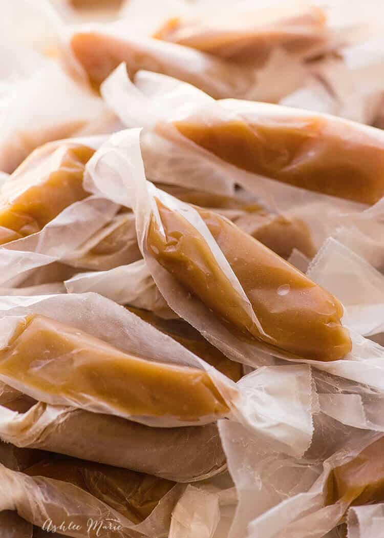 easy to make caramels with a video tutorial! buttery, rich and oh so soft
