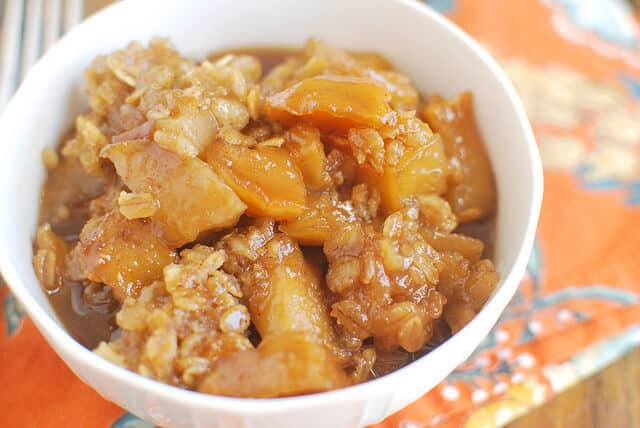 Slow Cooker Caramel Apple Crumble {Fake Ginger}