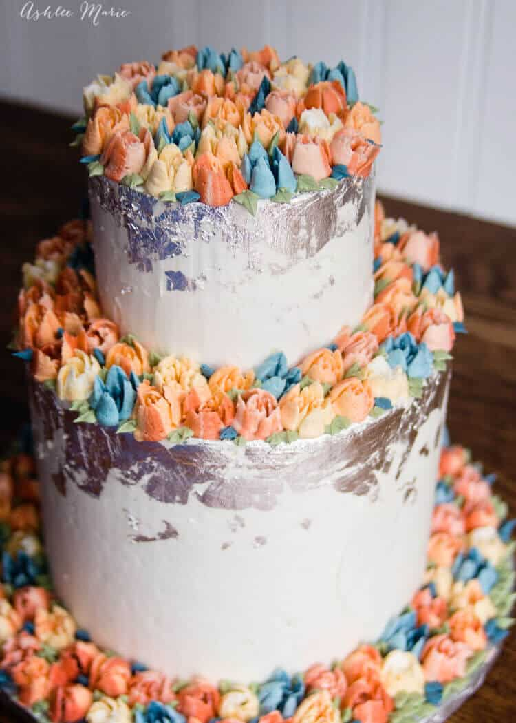 a buttercream wedding cake - made with russian piping tips - video tutorial