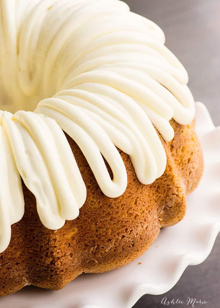 Poppy Seed Bundt Cake Sour Cream