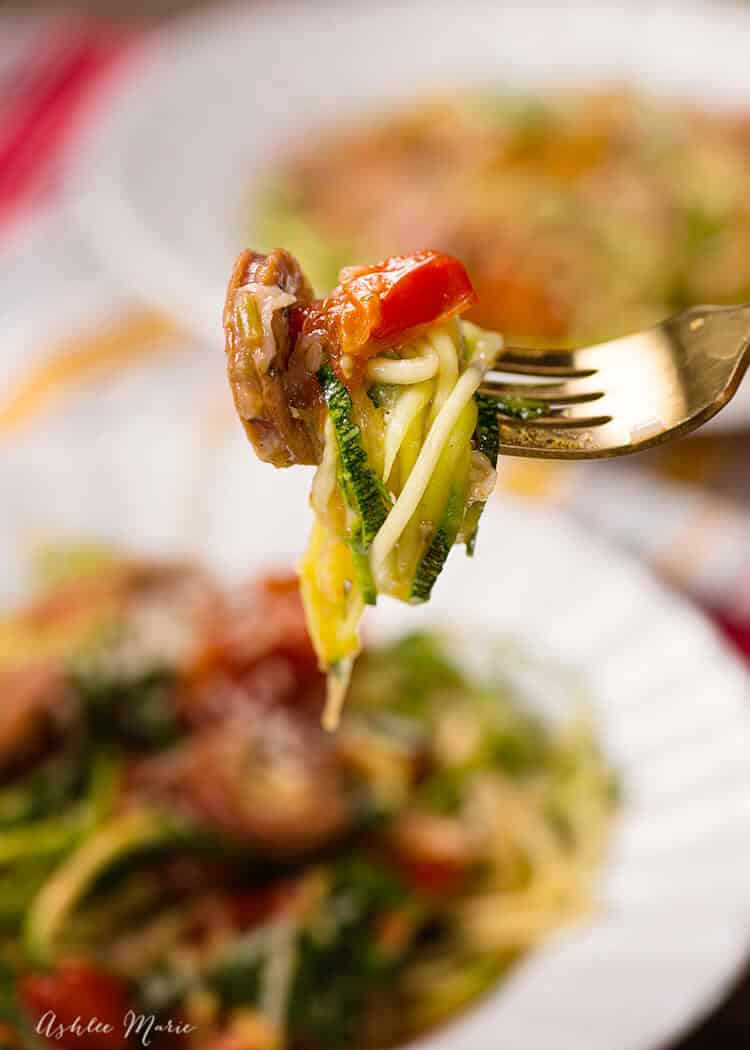 italian chicken sausage and tomato zucchini noodle one pot meal