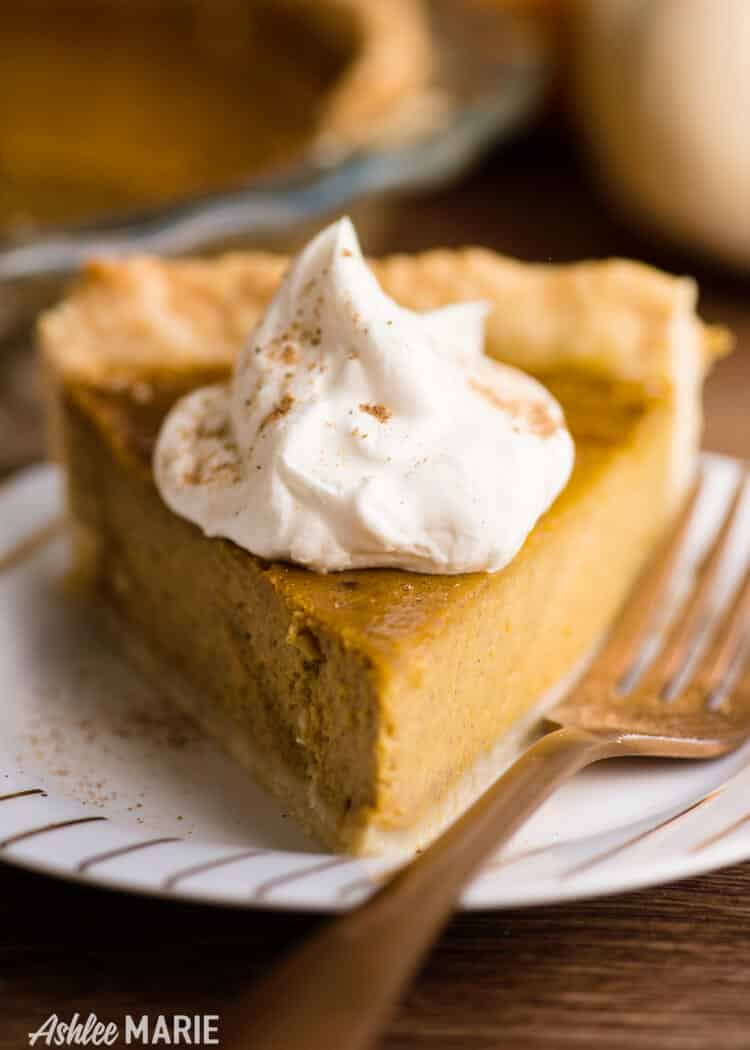make your own pumpkin puree, flaky crust and pie