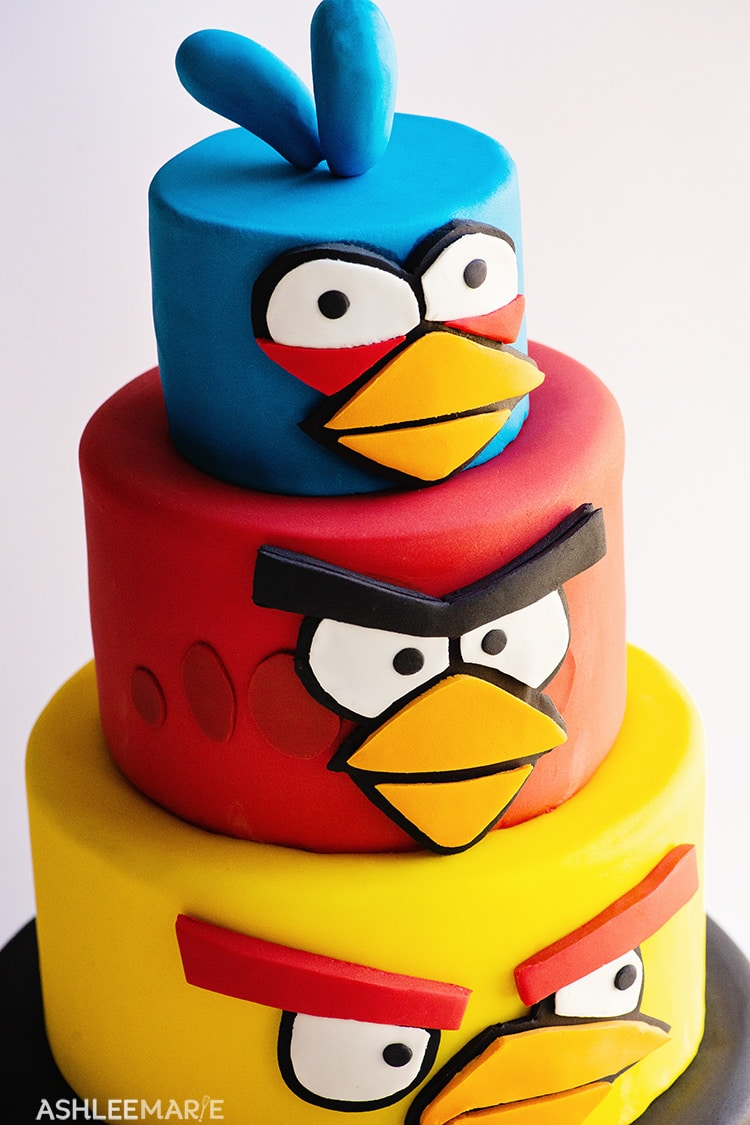Super Angry Birds Birthday Cake Ashlee Marie Real Fun With Real Food Funny Birthday Cards Online Elaedamsfinfo