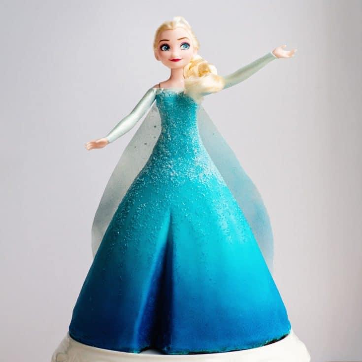 Frozen 1 Elsa princess cake